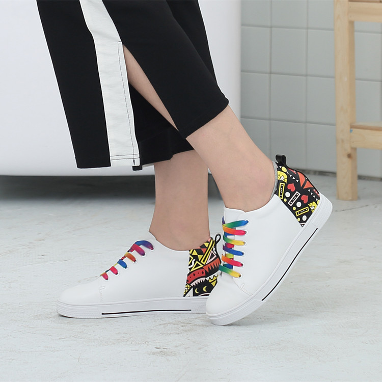Small white shoes womens 31 32 33 34 lace up womens shoes casual versatile board shoes travel shoes