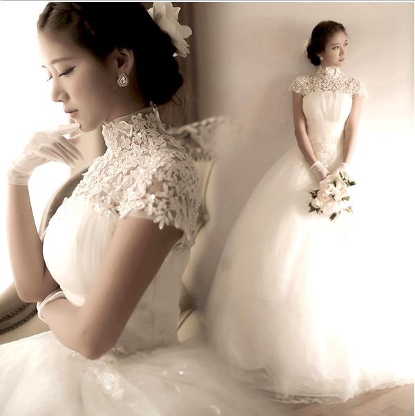 ダイヤモンドのレースの韓国式の王女の花嫁の誘拐帯の1字の肩のウェディングドレスの2019新型の秋の影楼は結婚します。