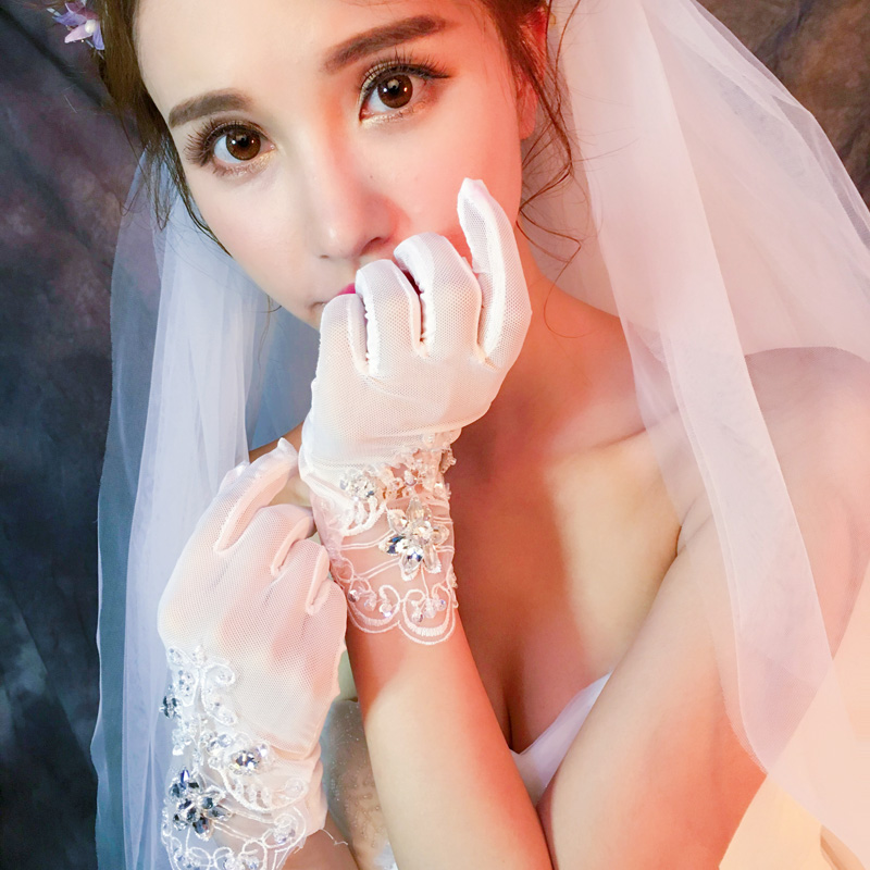 Wedding Gloves Lace short white Korean winter transparent Bridal Gloves Wedding sexy lace accessories Rhinestone