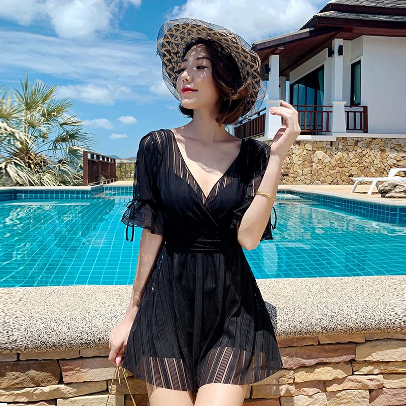 游泳衣女夏2021年新款时尚显瘦遮肚保守大码ins仙女范女士泡温泉