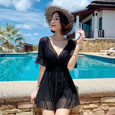 游泳衣女2020年新款潮连体保守显瘦遮肚大码ins风仙女范女士泳装