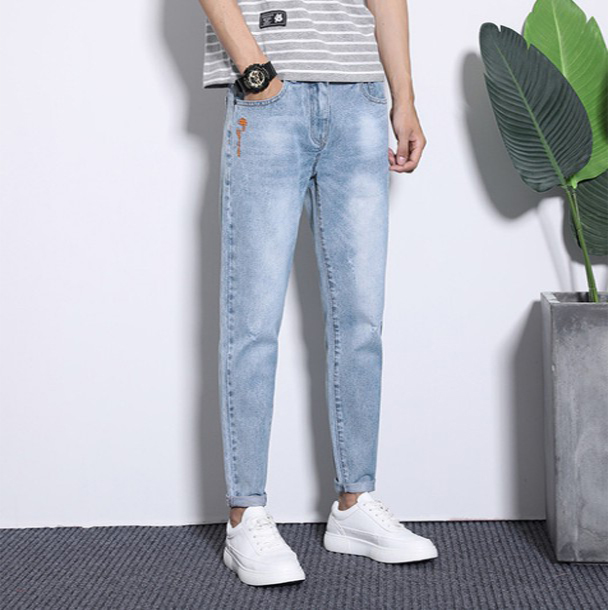 Spring new mens jeans with holes and slim fit Korean mens Capris youth elastic casual Leggings fashion F8