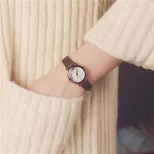 领10元券购买韩国订单气质潮流女士经典圆形手表