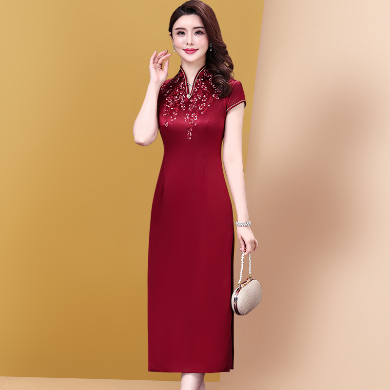 结婚妈妈礼服改良版旗袍连衣裙高贵中年红色婚宴喜婆婆裙子女夏装