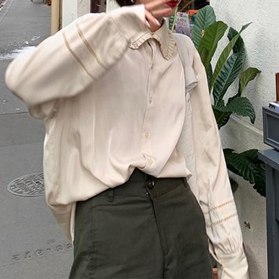 littlebanana -Ternura/ 蓬皮杜衬衫 荷叶领镂空灯笼袖光泽衬衫
