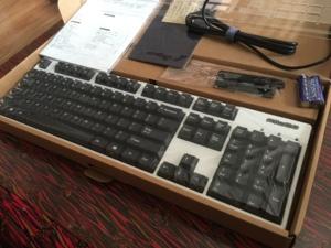 [日行包税]Filco斐尔可定制版法拉利红格纹白蓝牙机械键盘