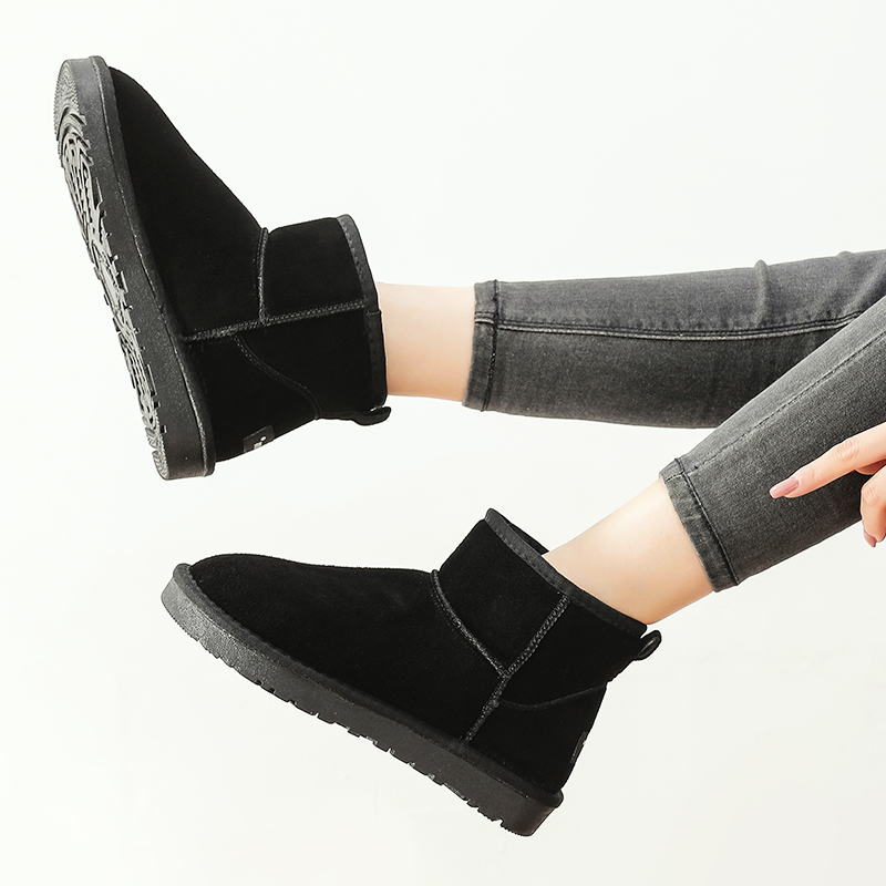LMM snow boots winter womens shoes flat bottomed short boots thick bottomed short tube with thick velvet cotton shoes leather comfortable mens and womens Boots