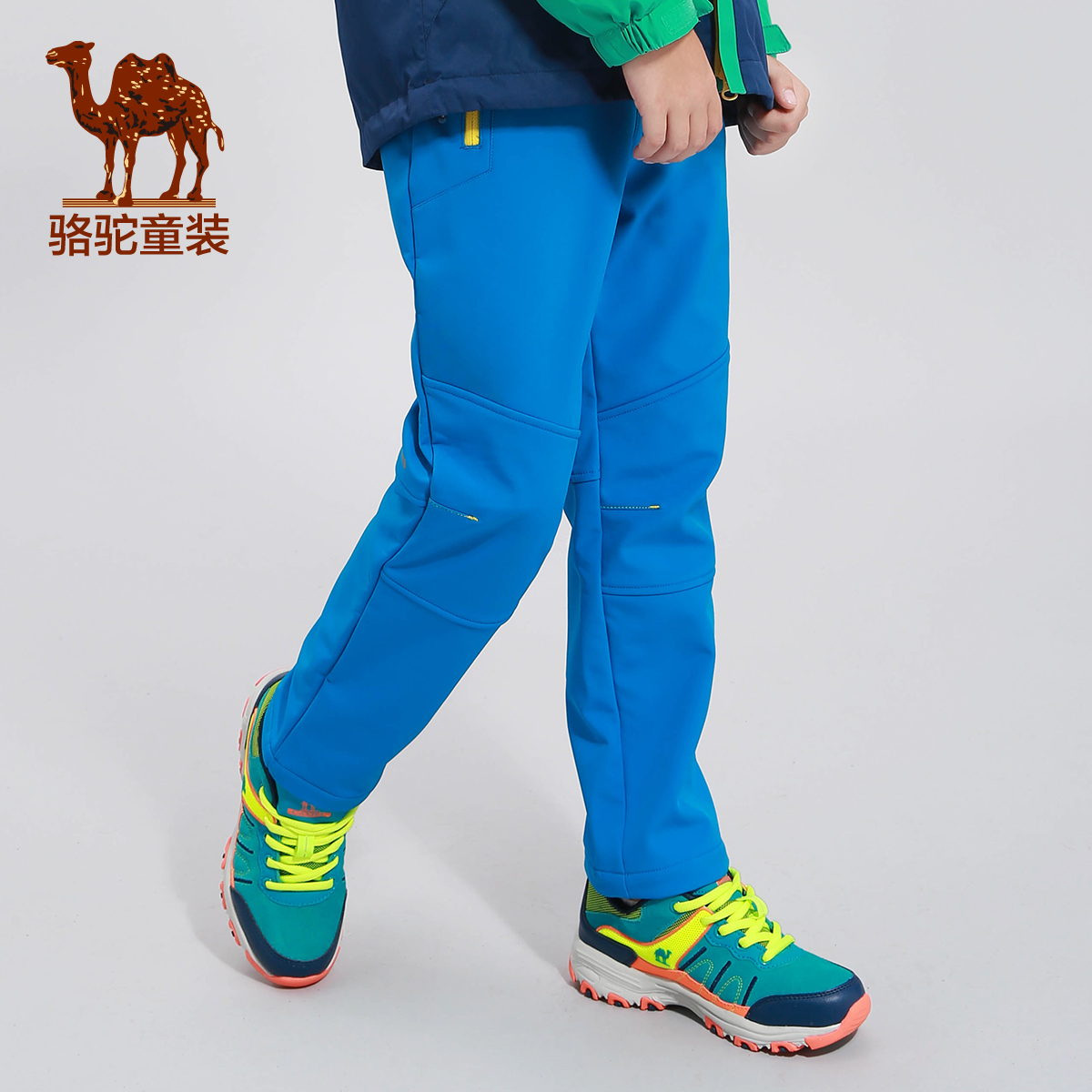 Небольшой верблюд ребятишки 2017 год осенью и зимой ребенок антистатический мягкая оболочка брюки на открытом воздухе только шаг для предотвращения ветровой насекомое восхождение брюки