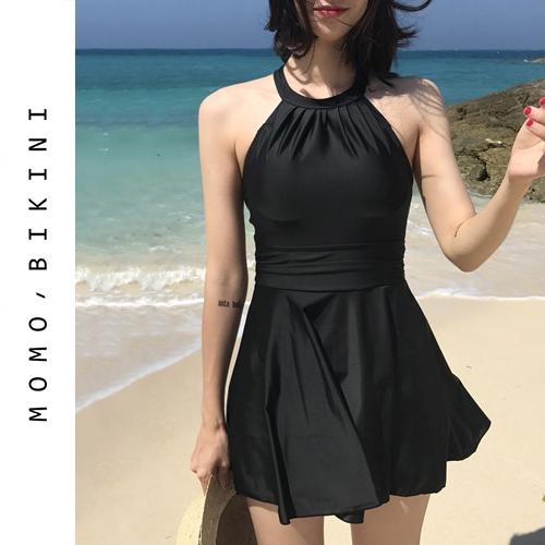 沫初见性感黑色连体裙式泳衣女保守学生少女度假遮肚显瘦温泉泳装