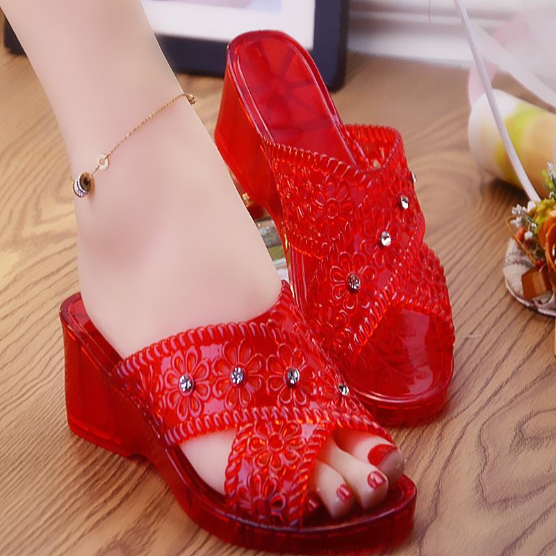 外穿厚底休闲凉水晶夏天防滑透明高跟塑胶拖鞋女坡跟拖鞋妈妈舒适