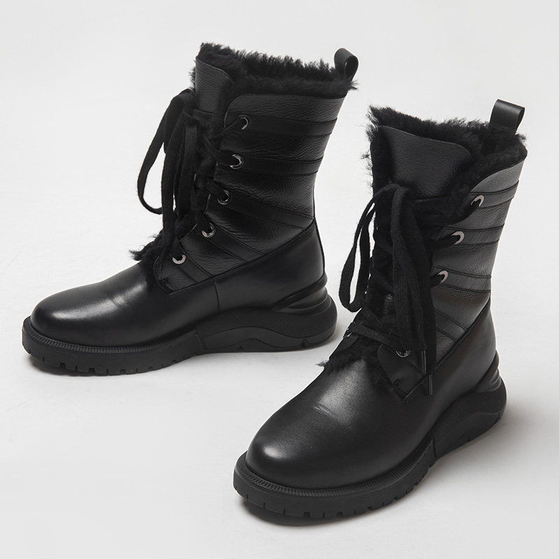 Xiaozhong winter thick sole under zero cold resistant outdoor cotton shoes leather thickened cashmere sheepskin integrated middle tube snow boots