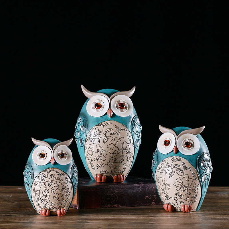 Color painting style ceramic owl decoration room living room TV cabinet display window beautiful display