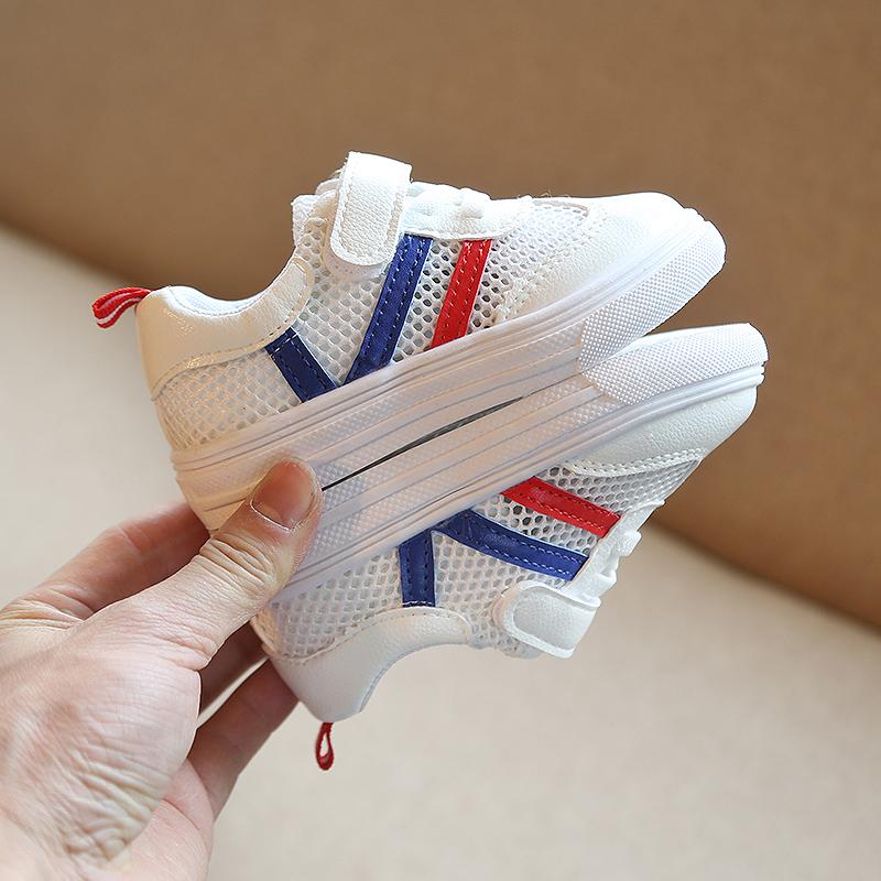 小宝宝鞋子春秋透气单1-3岁运动鞋质量好不好