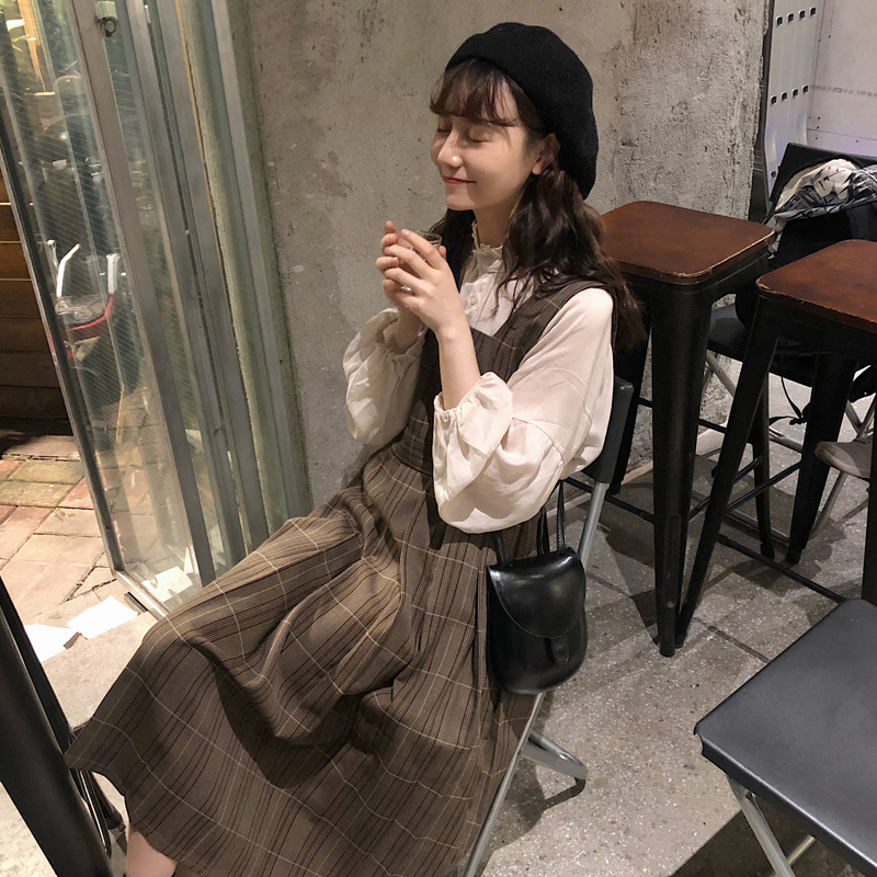 French retro foreign style super fairy girl very fairy early autumn skirt foreign style fashionable French minority dress two piece set