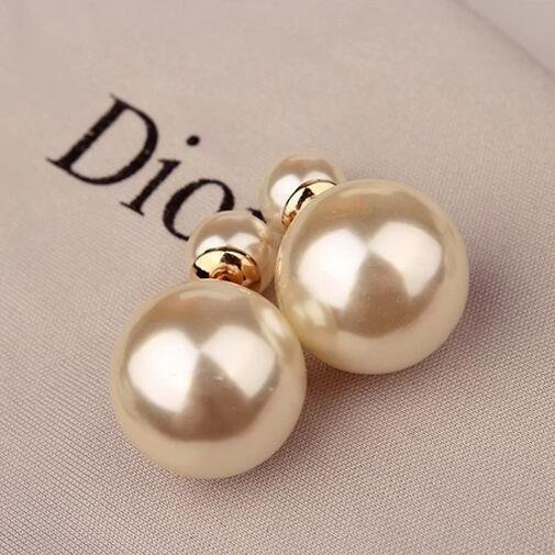 Japanese and Korean simple European and American Korean ear ornaments Korean version exaggerated front and back size double sided pearl earrings earrings womens parcel mail