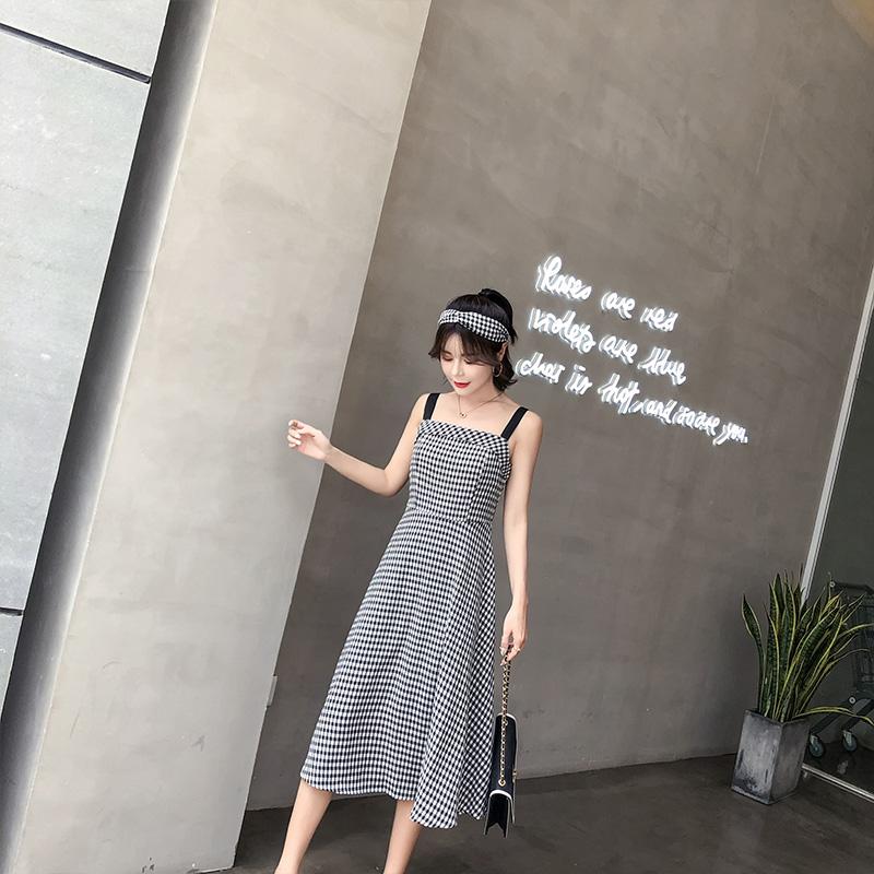 胖mm大码女装2018新款夏装胖妹妹洋气格子吊带裙腰粗遮肚子连衣裙