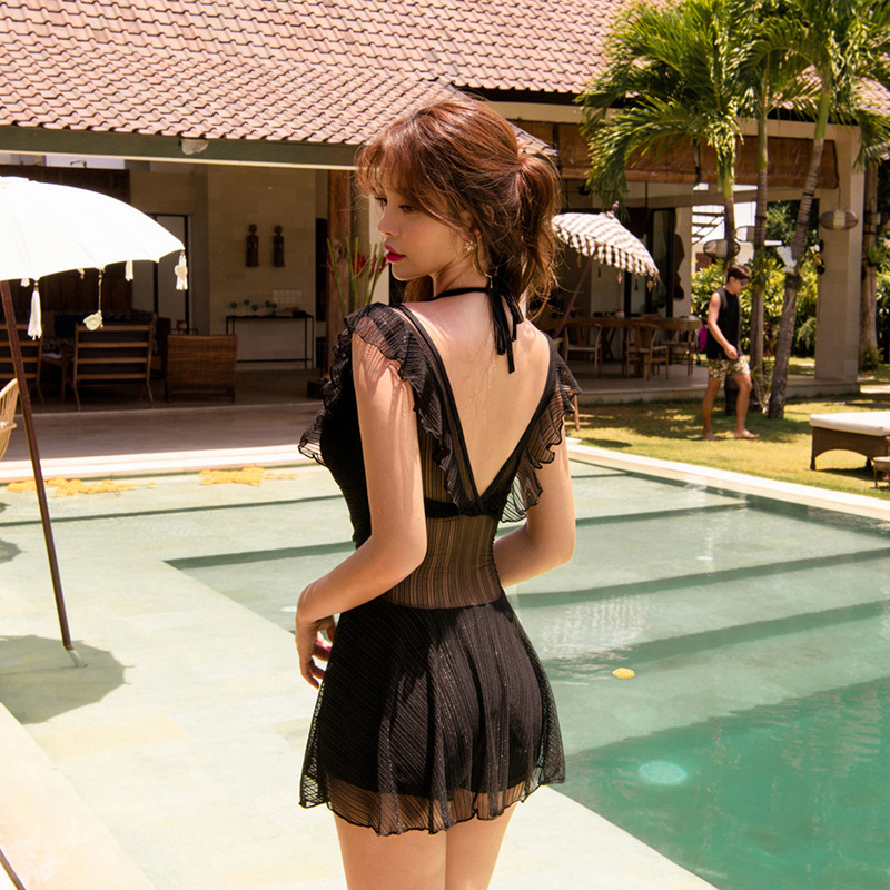 Korean swimsuit womens one-piece skirt sexy conservative show thin cover belly students flat angle chest steel support