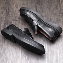 In autumn, British men's shoes are full of leather. Business suits, leisure shoes, men's Korean version of Lazy Lefu shoes, men's shoes