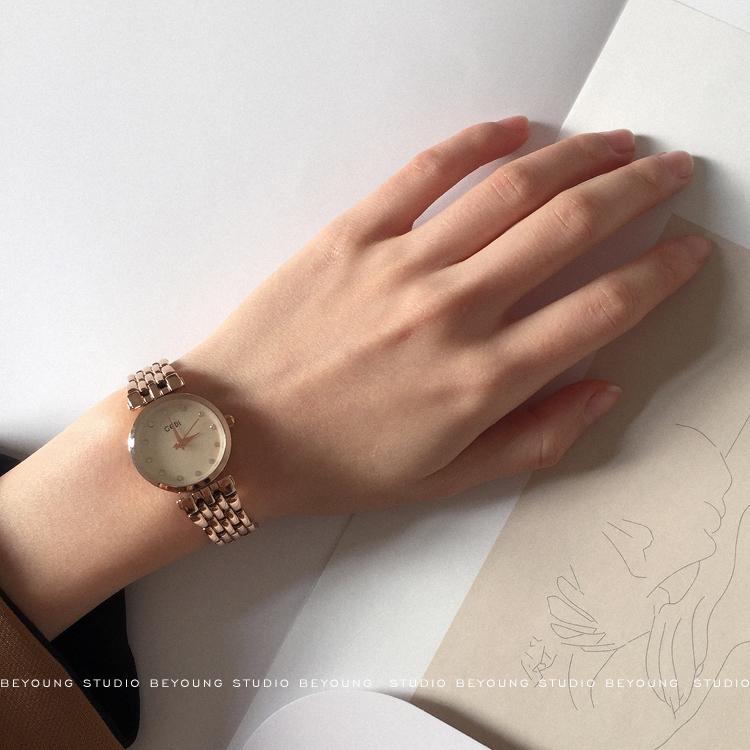 左然 韓風chic簡約復古金屬鏈條小表盤文藝氣質百搭石英手錶女A97