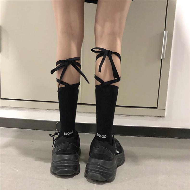 绑带袜子女交叉中筒街头长袜女潮网红款日系黑白软妹小腿袜lolita