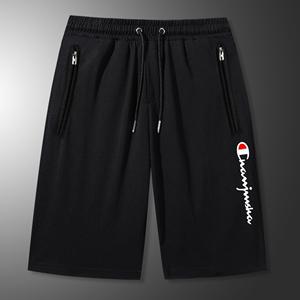 夏季2020冠军说潮流运动休闲胖子大码短裤男装黑色五分沙滩裤子男