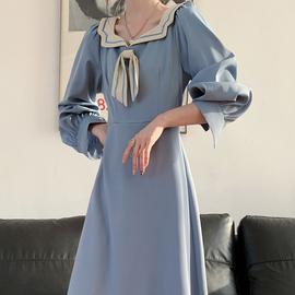 秋装2020年新款法式复古减龄气质海军领连衣裙设计感小众显瘦长裙