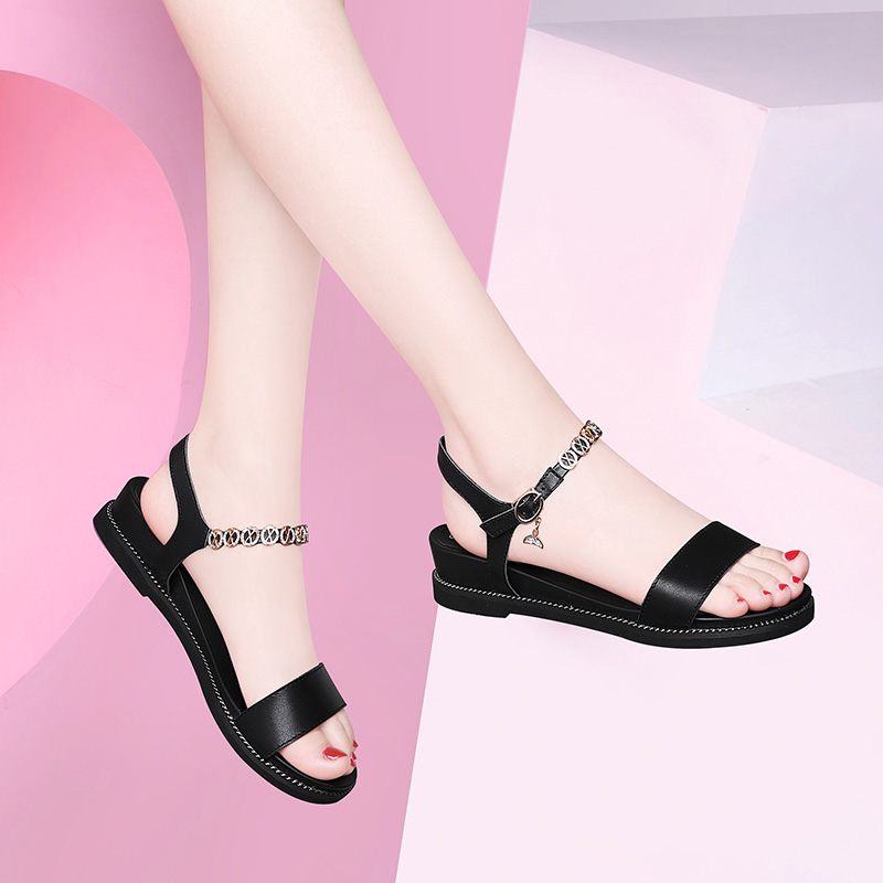 Open toe sandals womens new flat heel net red shoes with skirt in summer 2021 flat bottom one line Roman shoes trend