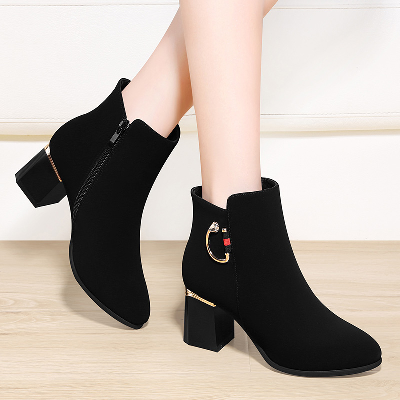 Small short boots womens 2021 spring new Korean fashion versatile suede thick heel mesh red plush zipper small heel boots