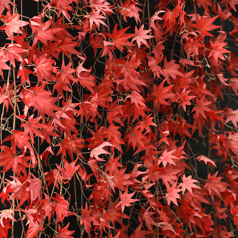Simulation of red maple leaves, artificial flowers and vines decorative plastic green tree leaves and vines