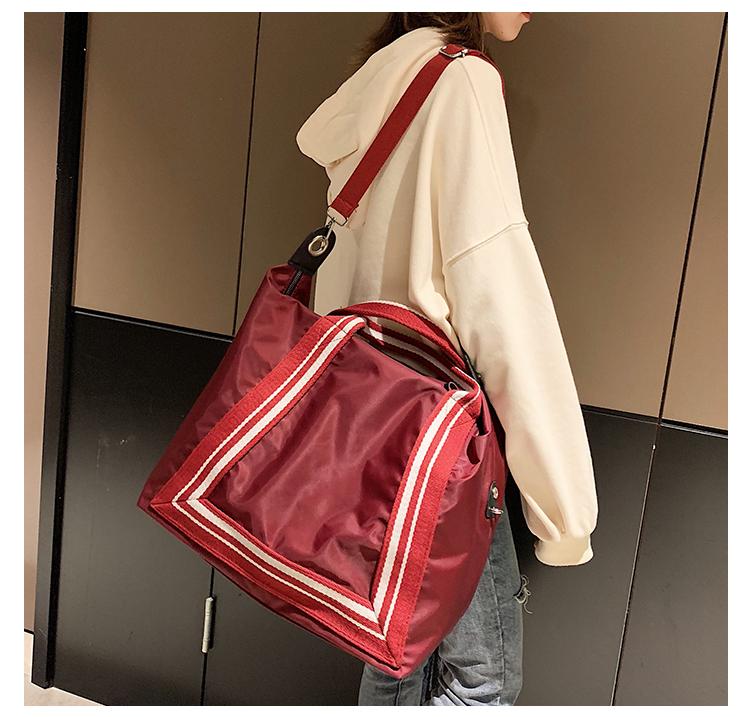 包包斜挎行李包待产放衣服的手提包出差轻便运动旅游女男新品