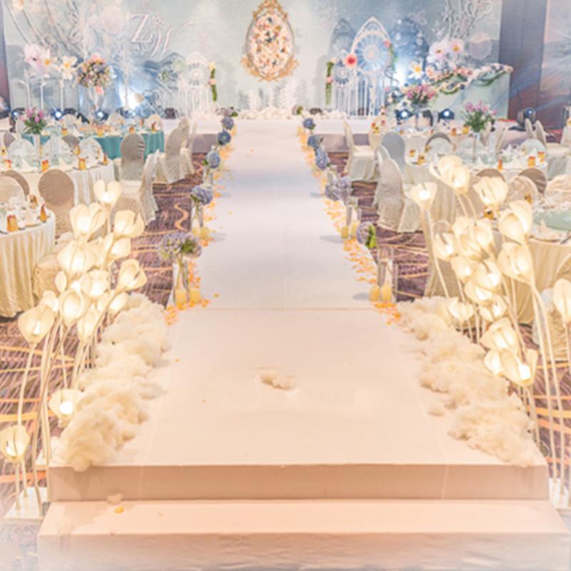 深圳婚庆策划婚宴婚礼现场布置摄影摄像化妆四大金刚一条龙服务!