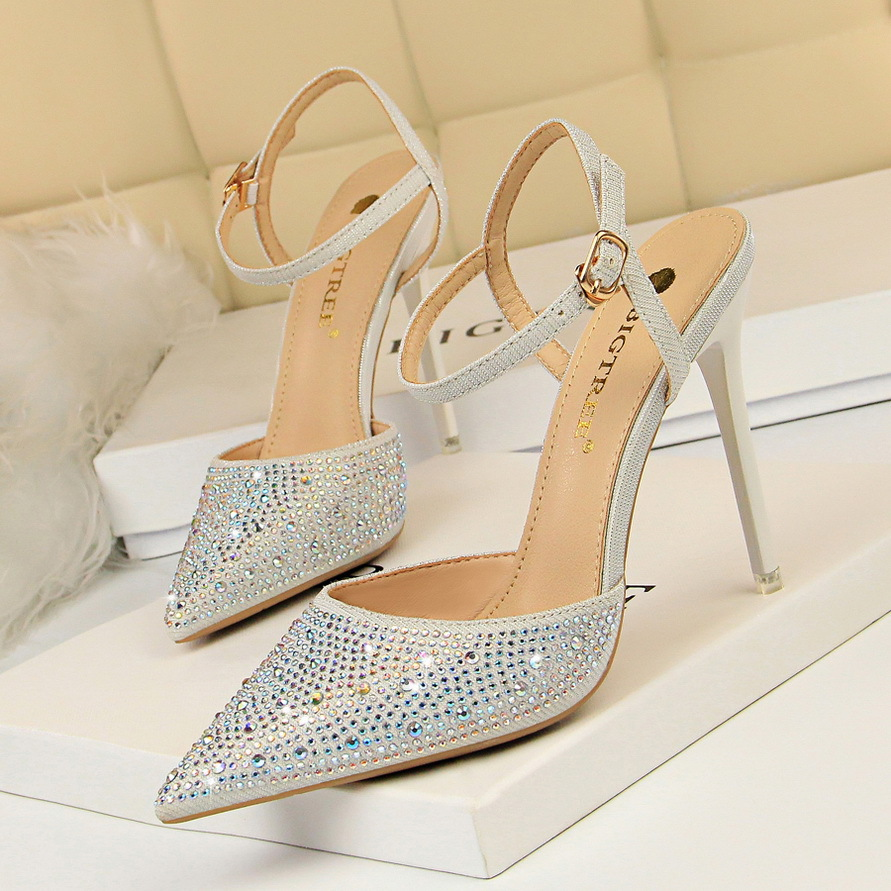 Korean fashion banquet high heel thin heel shallow mouth pointed hollow out color diamond shiny water diamond with sandals female elegant