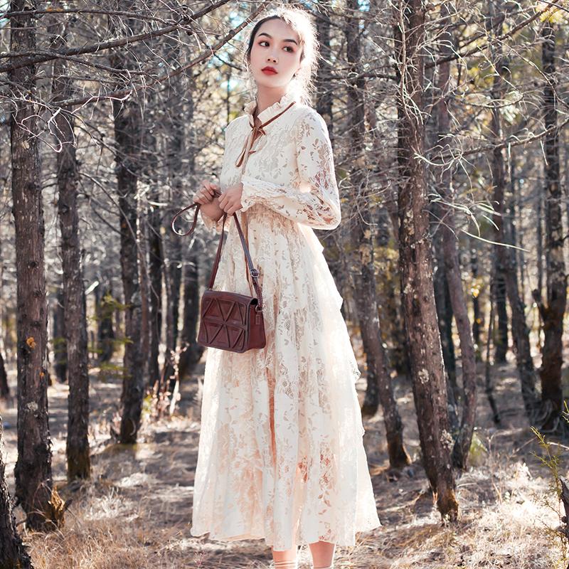 歌其妮秋装2019新款复古蕾丝长裙山本过膝很仙的法国小众连衣裙女