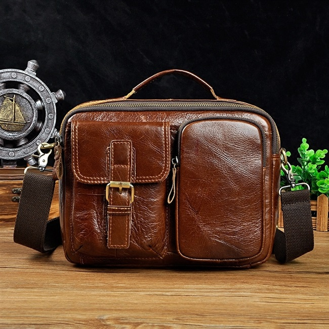 Genuine 2020 mens Leather One Shoulder Messenger Handbag Vintage Handmade postman bag leisure backpack cowhide bag mens bag