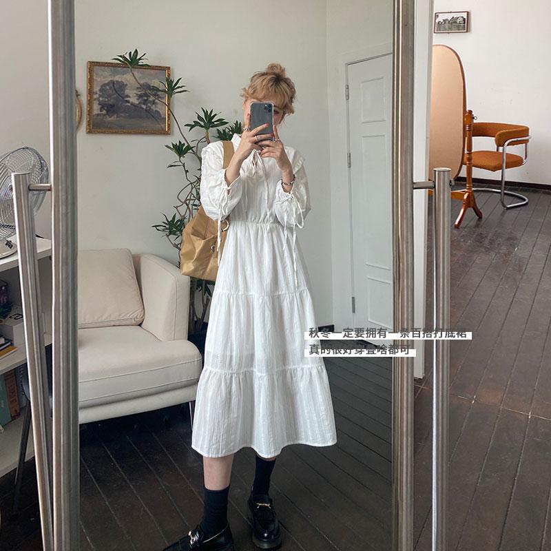 蕾蕾白色连衣裙2020年秋冬新款可盐可甜中长款显瘦显高长袖打底裙
