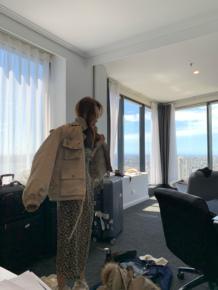 钱夫人貉子真毛领羽绒服女短款2019新款收腰工装外套小个子派克服