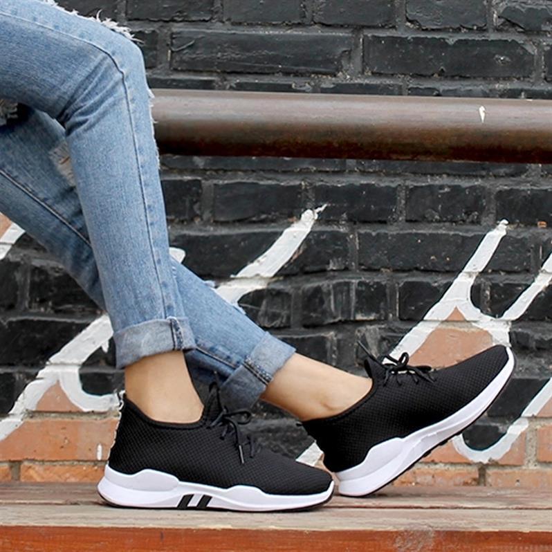 老北京布鞋女网鞋夏季中年女鞋运动休闲透气网面妈妈鞋软底女舒适