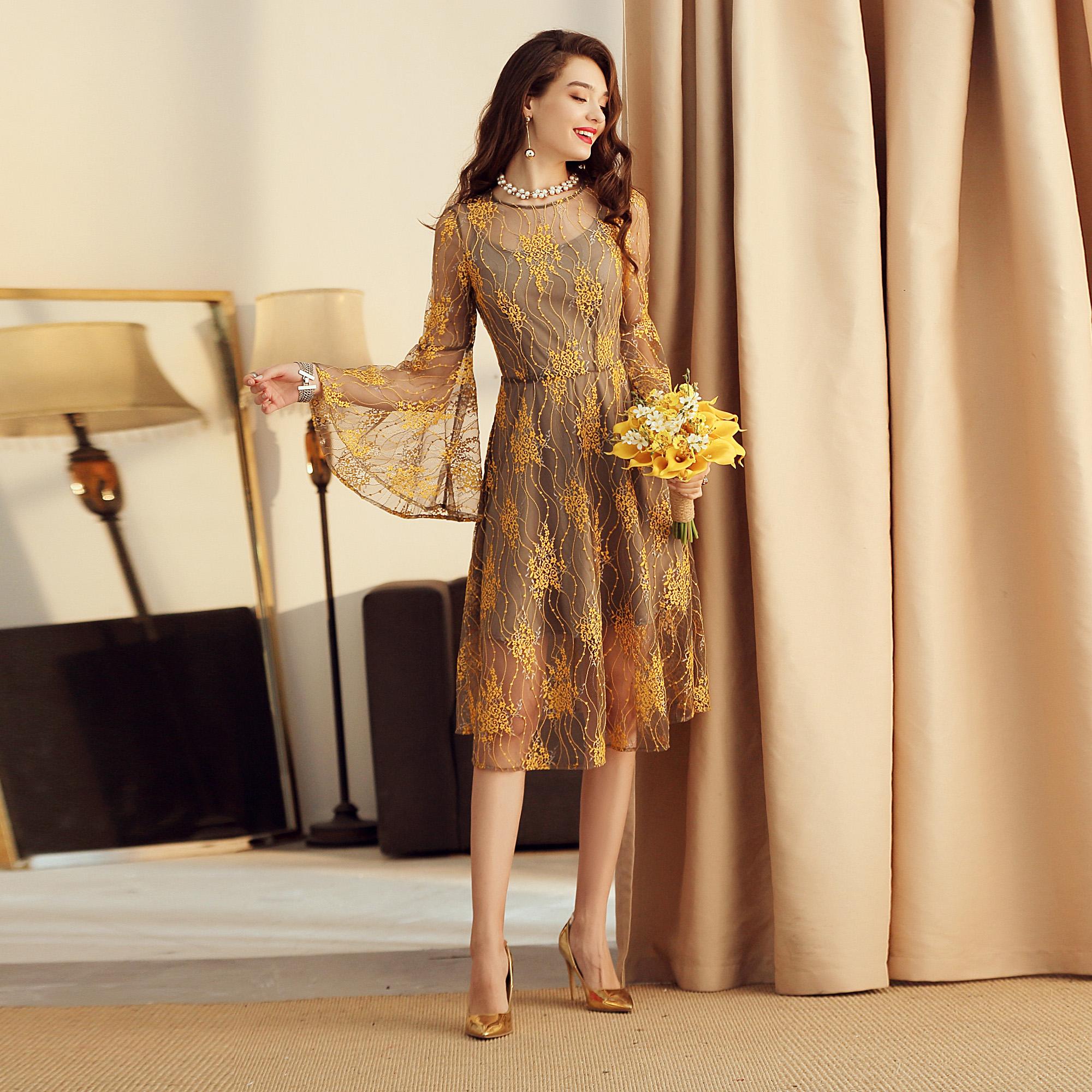 芭知彩夏新款法式高端气质喇叭袖收腰大摆蕾丝裙复古中长款连衣裙