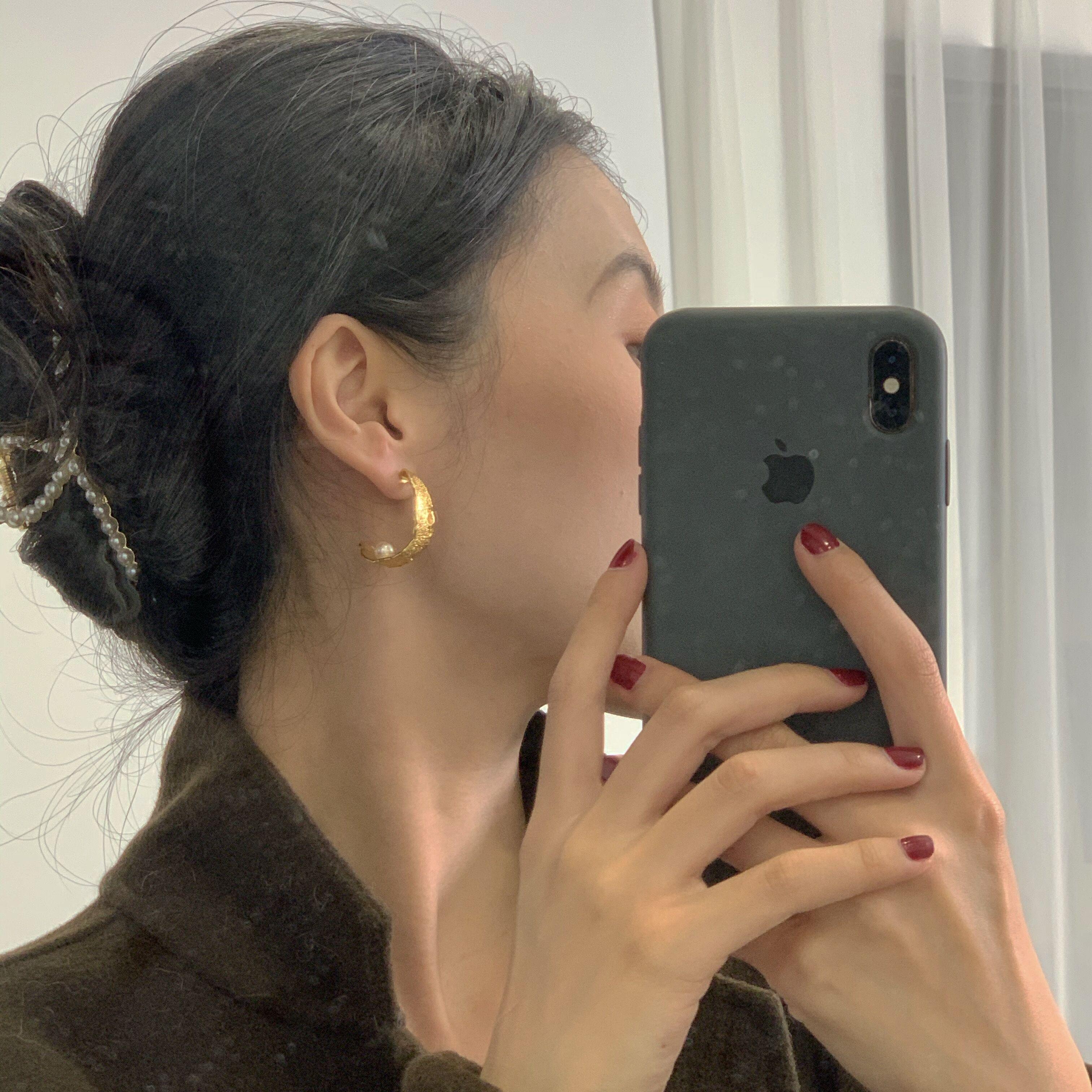 【鹭青一ACC】半月弯与白兔 造型铜镀18K金&天然珍珠耳钉 耳饰