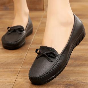 护士鞋 女四季 浅口防水防滑水鞋 平底豆豆鞋 胶鞋 雨鞋 厨房工作鞋