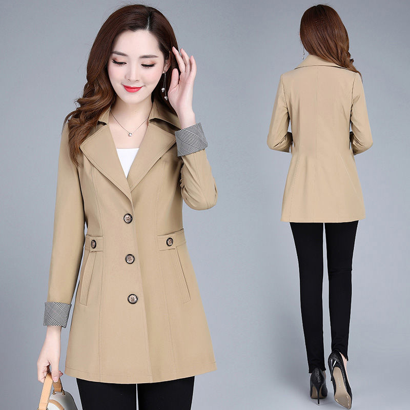 Middle aged mother autumn coat 40-50 middle aged and old womens new broad lady windbreaker foreign style jacket short