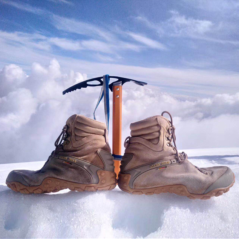 Outdoor snow boots hiking shoes for men and women