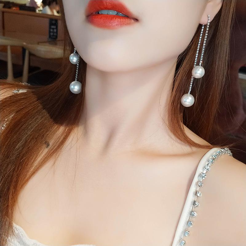 大珍珠耳环女前后式水钻流苏长款耳钉显脸瘦小夸张个性银针耳饰品