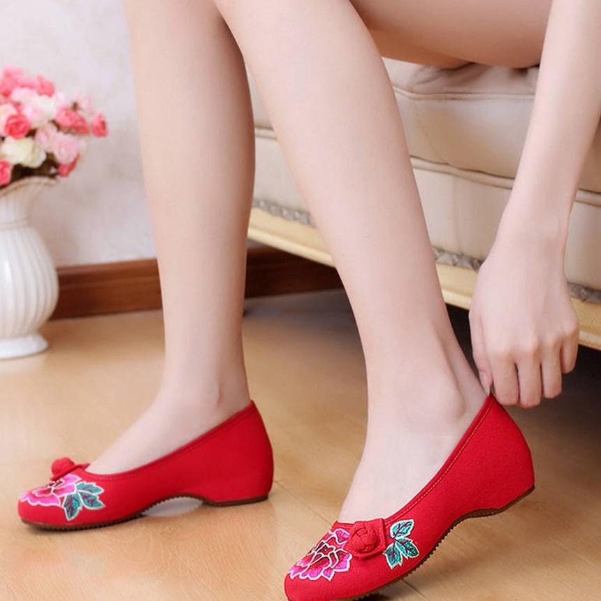 绣花鞋老北京布鞋牛筋底坡跟中跟隐形内婚鞋广场舞鞋女鞋单袜