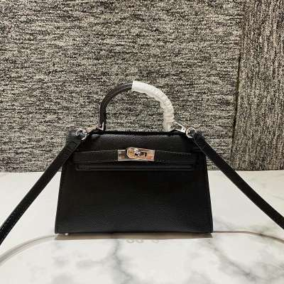 Xiao Yangs lock lock bag for women and fashion cabinet version for summer