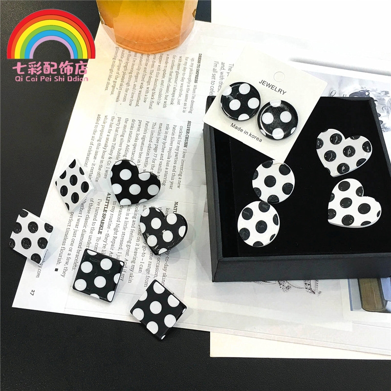 Polka Dot black and white simple small pure silver female Earrings 2019 new fashion earrings Korean temperament net red personalized Earrings