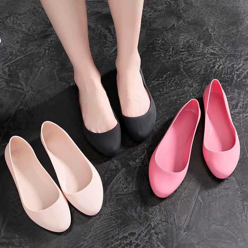 New four seasons crystal single shoes womens fashion versatile soft comfortable anti slip flat bottom rain shoes work shoes children