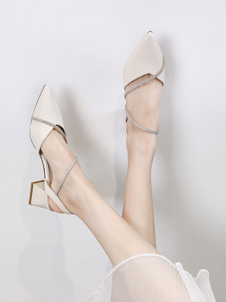 Thick heeled sandals fairy style summer 2020 new versatile pointed one line with Baotou with skirt and medium heeled shoes