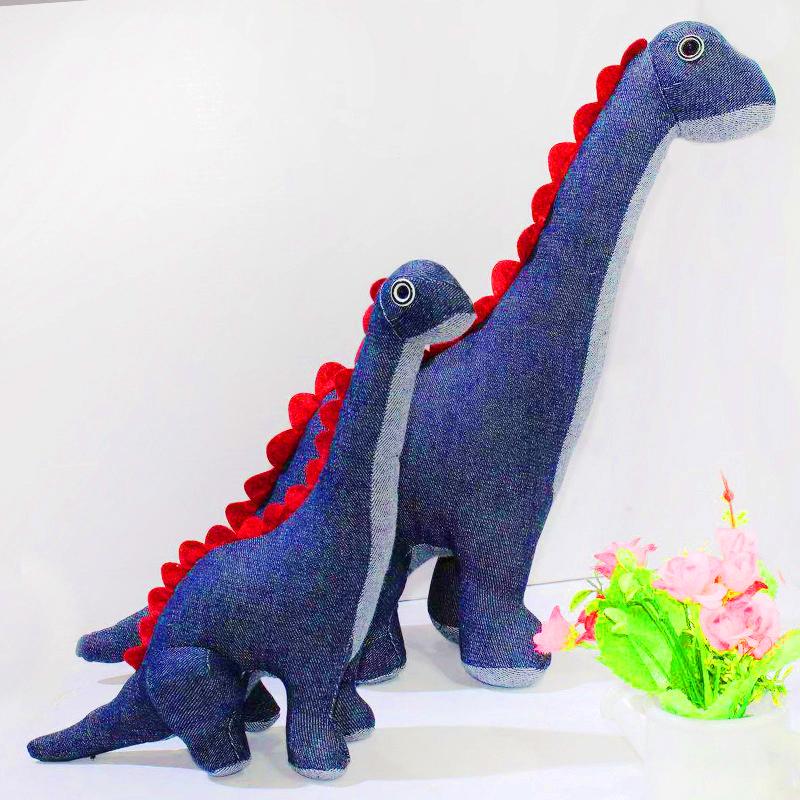 厂家定制牛仔玩偶恐龙居家毛绒玩具
