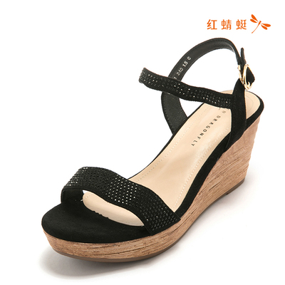 红蜻蜓专柜正品夏季新款女鞋水钻装饰坡跟舒适女凉鞋K90113